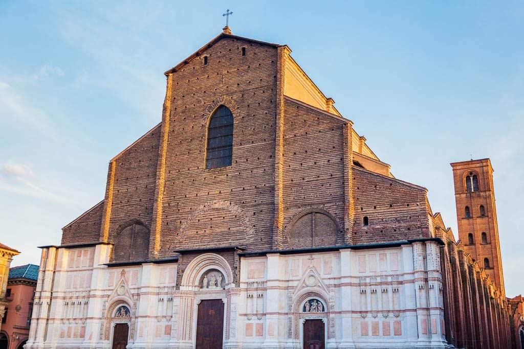 Visit the Basilica di San Petronio Bologna